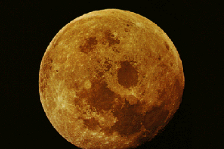 Bild 1 Moon from earth